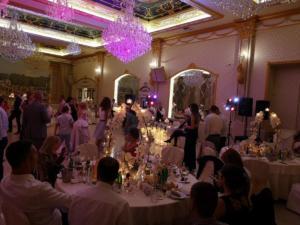 10-zvuk-i-osvetlenie-svatba